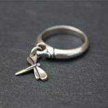 Danon Dragonfly charm ring